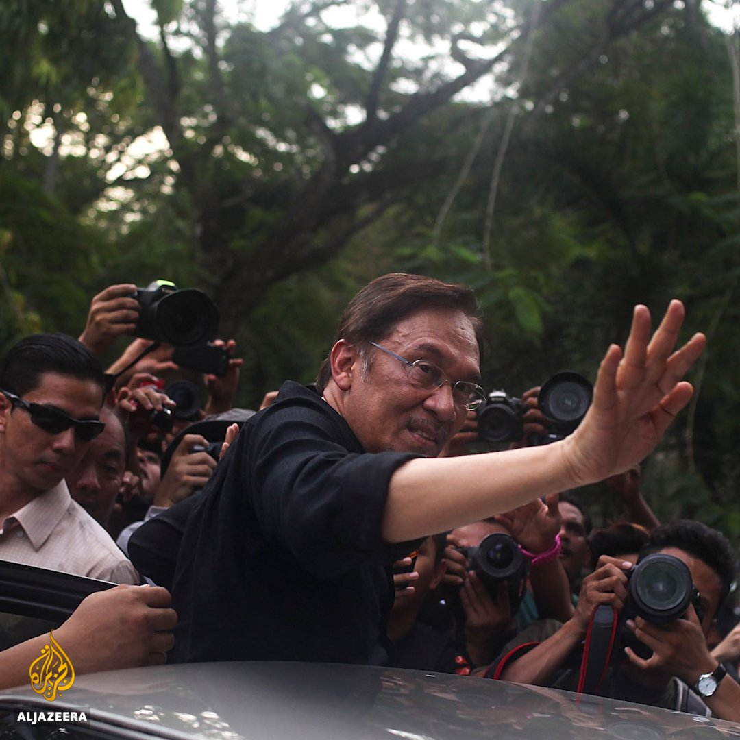 Malaysian PM Mahathir Mohamad's first decision in office was to pardon Anwar Ibrahim - but who is he? https://t.co/hGtqifCdVy