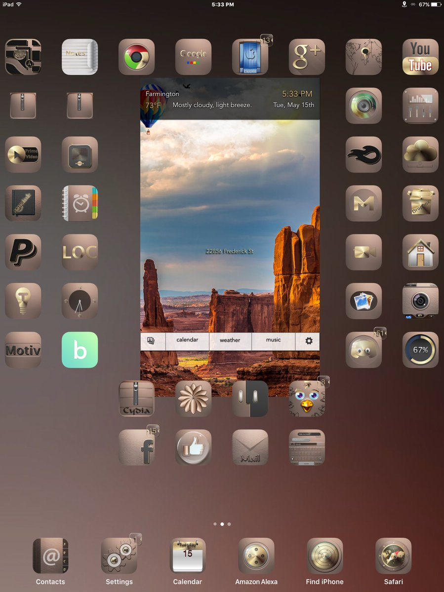 I&#39;ve spent 45 min trying to get the icons to stay where I put them but it was worth it.  Beautiful Zion v2, brown version with uniaw ls applied via xenhtml as a sbhtml, thx to @_Matchstic, @Sl3in82 on my iPad Pro and yes, the touch functionality works<br>http://pic.twitter.com/5PUxzab6qx