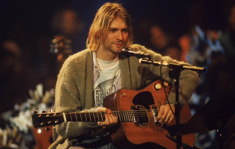 Kurt Cobain's iconic MTV Unplugged guitar given to Frances Bean's ex in divorce settlement https://t.co/rtvJaXLwfa https://t.co/faKPLXUzl3