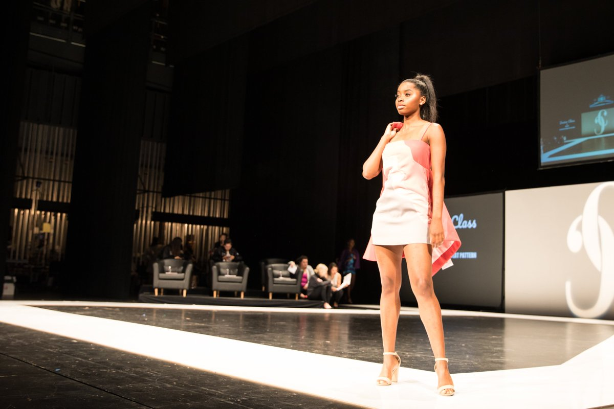 Cal State Long Beach On Twitter This Year S Campus Couture Fashion Exhibited The Work Of The Top 48 Fashion Design And Merchandising Students Read Full Story Https T Co Mdaglx7piw Gobeach Longbeachstate Campuscouture Fashionshow