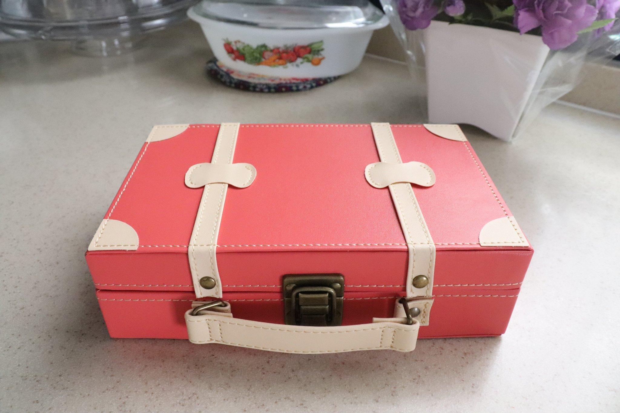 これがイマドキ小学生の裁縫道具セット!可愛らしい見た目に大人が注目w