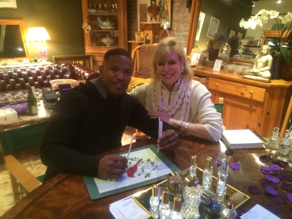 test Twitter Media - Love seeing #JAMIEFOXX on #stevencombert tonight. Loved creating a #custom scent for him at #thescentarium https://t.co/68sBgKdIM9