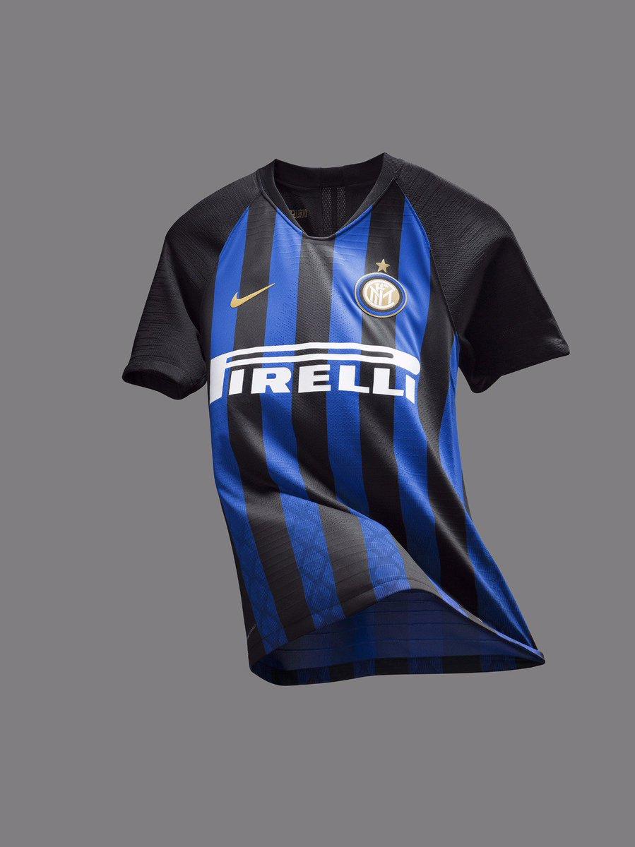 El Fc Inter De Milán Presenta Su Camiseta 2018 2019 La Jugada Financiera