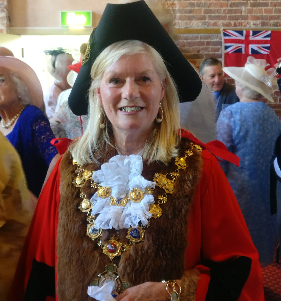 test Twitter Media - Many congratulations to the newly elected Mayor of Christchurch and our Ambassador @LesleyMDedman! We are very pleasedly that we will be working together for the next year to support good causes across Christchurch. https://t.co/DtdmsIBPYz