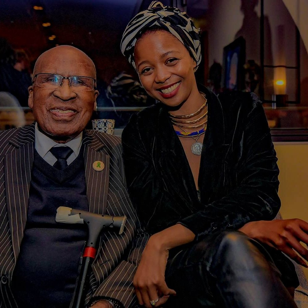Mr Mlangeni spend 22 year's in Prison for my freedom! France collaborated with SA in restoring the audio's  recoded during the #rivoniatrial French directors have produced a documentary called #thestateagainstmandelaandtheothers using the restored audio's. #Cannes2018 https://t.co/Nv5m6Lfgz7
