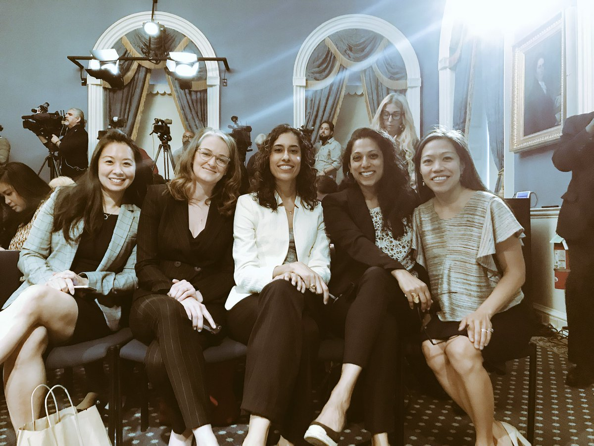 No better way to celebrate launch of  http:// women.nyc  &nbsp;   than to be with these extraordinary power women of City government #nycpowermove <br>http://pic.twitter.com/0zLOSY9kIz