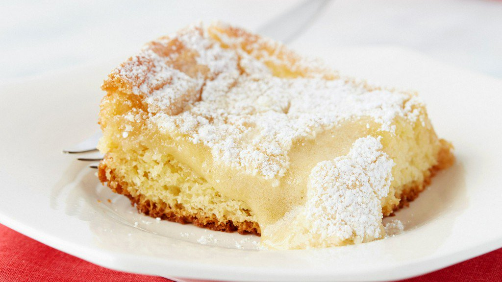 Gooey Butter Cake https://t.co/IGXkXD4E0a https://t.co/JMofKWuIl2