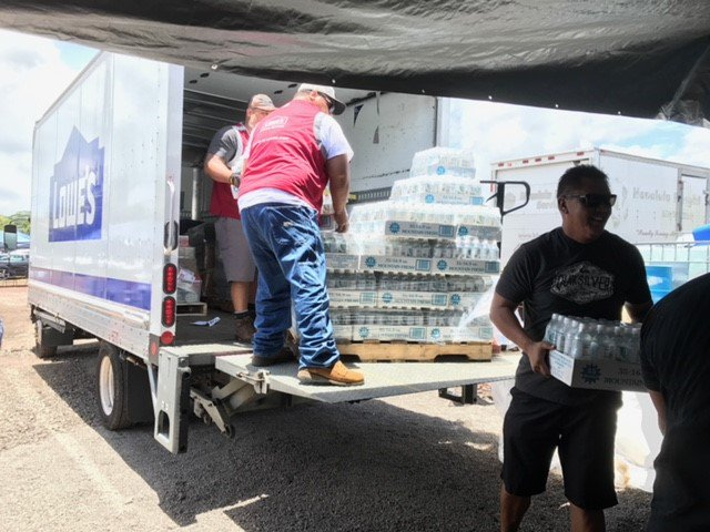 Lowe S Media On Twitter Lowes Kona Hawaii Store Donated 90 Cases Of Water Dust Masks Tape Flash Lights Batteries Other Items To Help Those Impacted By Kilaueavolcano Lowe S Employees Also Held Kona is a moku or district on the big island of hawaiʻi in the state of hawaii, known for its kona coffee and the location of the ironman world championship triathlon. twitter