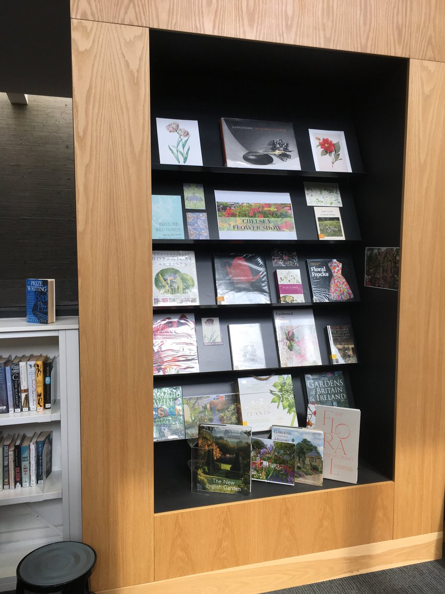 Brookes library on twitter flowers are beautiful and books about flowers are beautiful and books about flowers are almost as beautiful have a browse through our chelsea flower show book display on level 4 of the izmirmasajfo