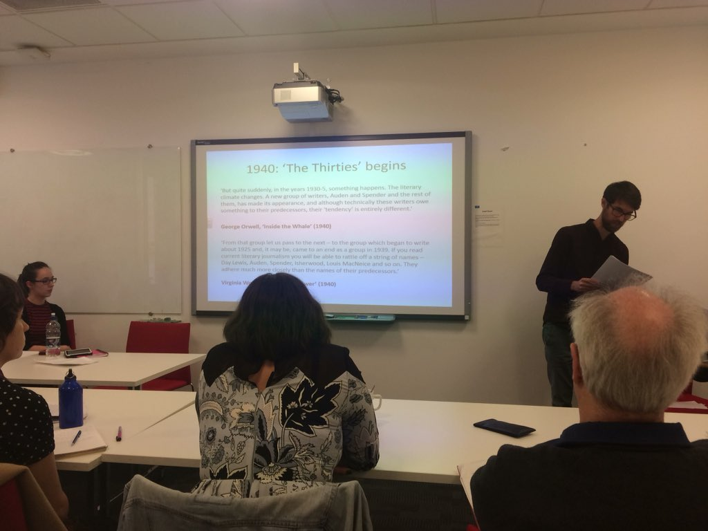 @Jakeoleary87 tracks the emergence of 'the thirties' and the Auden group, which omit women's literary contributions #GenderCrossroads18 <br>http://pic.twitter.com/iOSv0kajS9