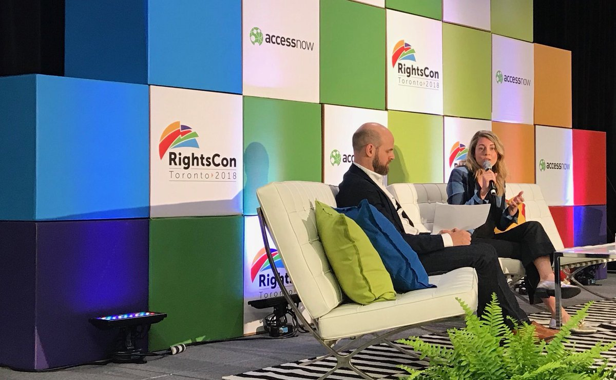 This morning, I had the pleasure of welcoming delegates from 115+ countries to #Canada for @rightscon - where I had the opportunity to discuss transparency and diversity in the digital age. #RightsCon #RightsCon2018<br>http://pic.twitter.com/37DOj2Mhip