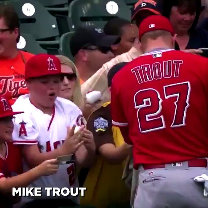 When it comes to making a young @MLB fan's day, there are a lot of contenders. https://t.co/iSabOvmTsS