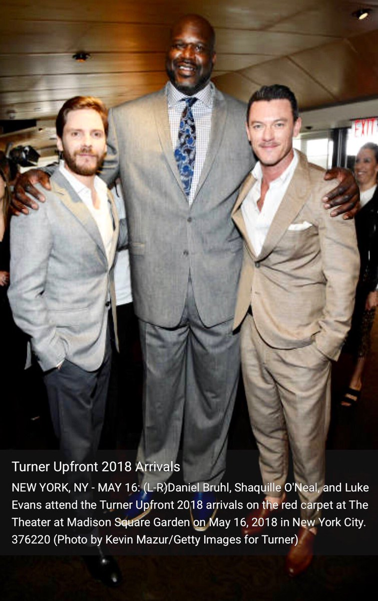 This is for everyone who keeps saying how tall Luke is! Sorry...I just had to!  via Getty Images #LukeEvans #DanielBrühl #ShaquilleoNeal  #TurnerUpfront  #turnerupfront2018<br>http://pic.twitter.com/FuUqtRu5ZF