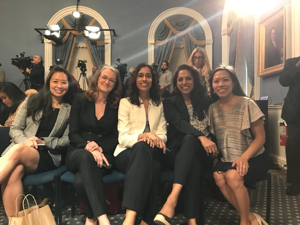 .@NYCActuary Chan joins @NYCFirstLady @AliciaGlen @LauraRKav @PAbeywardena @NYCDCAS Camilo @MTorresSpringer to announce the  http:// Women.NYC  &nbsp;   campaign! There is a new resource for women to make their #NYCPowerMove. Girls can't be what they can't see! <br>http://pic.twitter.com/4t9mqBmG75