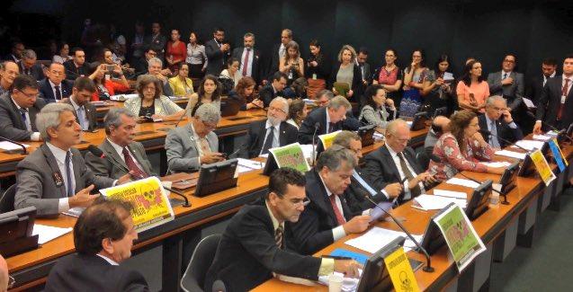 Resultado de imagen para Paquete del veneno en brasil