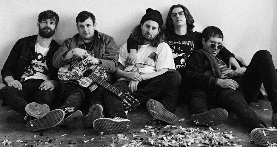 Check out @CultureAbuse's extremely catchy new rocker 'Bee Kind To The Bees' https://t.co/tSuvl9Fs7C https://t.co/sJtFJbnJkB