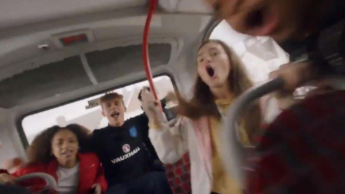 b201d61ab5e607 «Три льва идут, и они голодны». Англия бомбически представила состав  сборной на ЧМ Это покруче футбольных реклам от nike 👌 ➡ - scoopnest.com