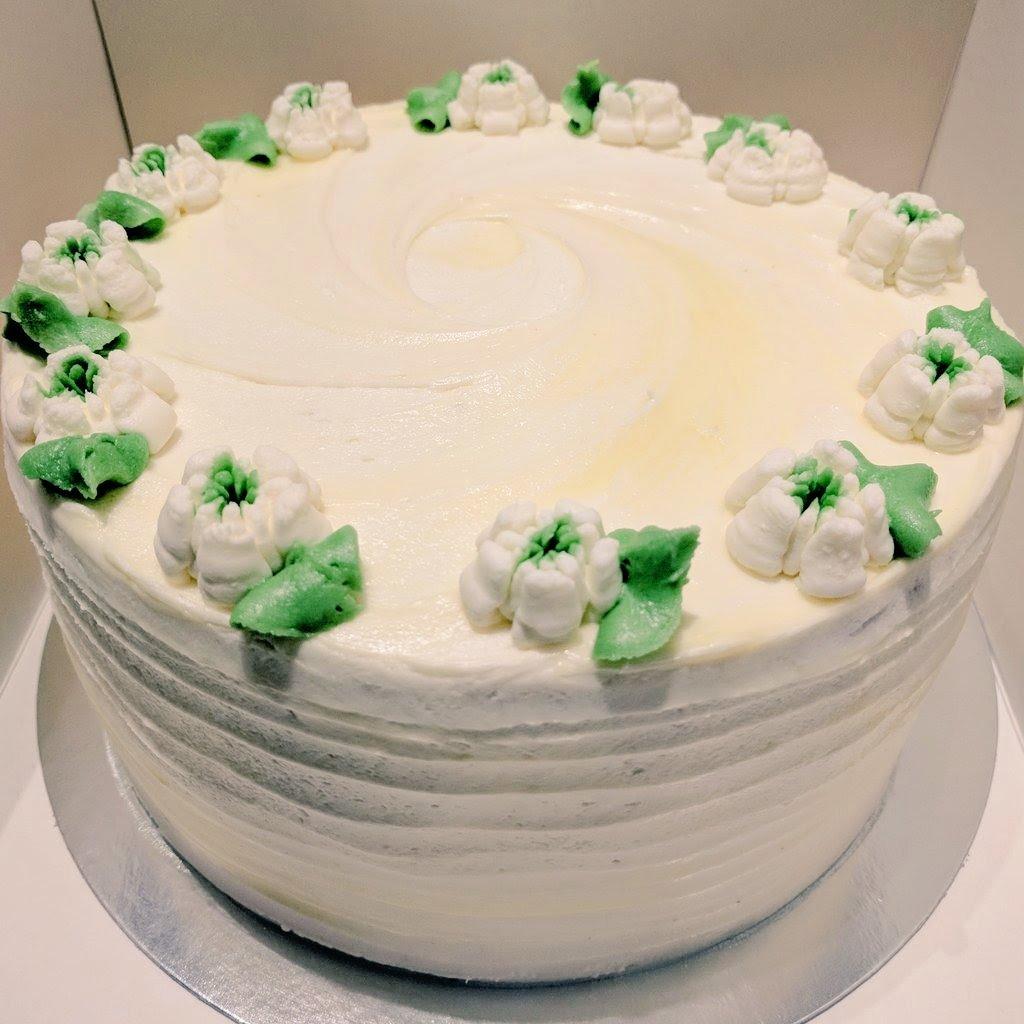 Lemon Elderflower Cake Copycat Royal Wedding Cake: Fodder (@FodderHarrogate)