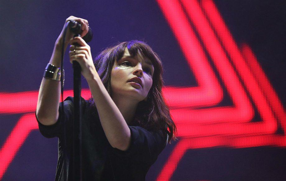 Watch Chvrches deliver a powerful live performance of 'Miracle' https://t.co/0vaTF1CLfZ https://t.co/wgf8ioGHzN