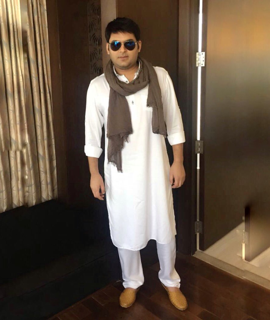Kapil Fan CluB's photo on Ramadan Mubarak