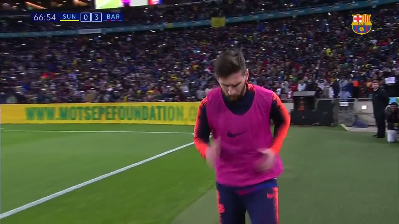 69: ������ ���� #Messi #SundownsBarça https://t.co/atmnl3LiBH