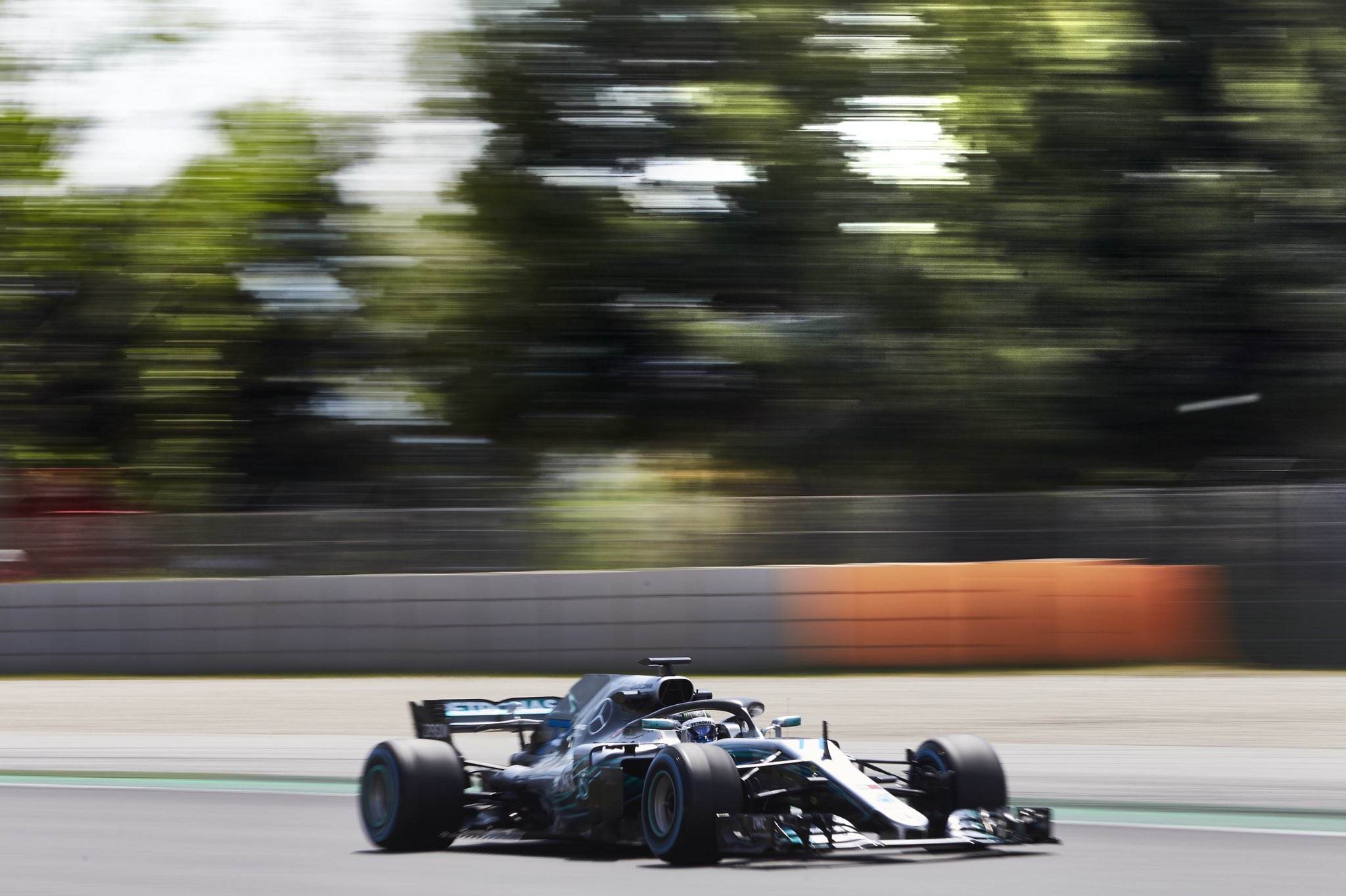 REPORT: @ValtteriBottas hits 139 laps to close out #F1Testing in Barcelona �� https://t.co/qWVi692Qnk #F1 https://t.co/aKmOeDF6U2