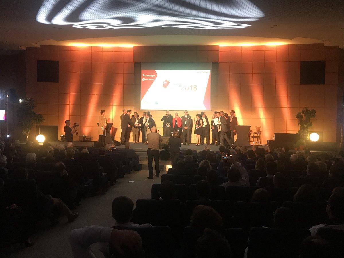 La photo de famille de la première soirée des trophées des entreprises de la Corrèze #trophees19  - FestivalFocus