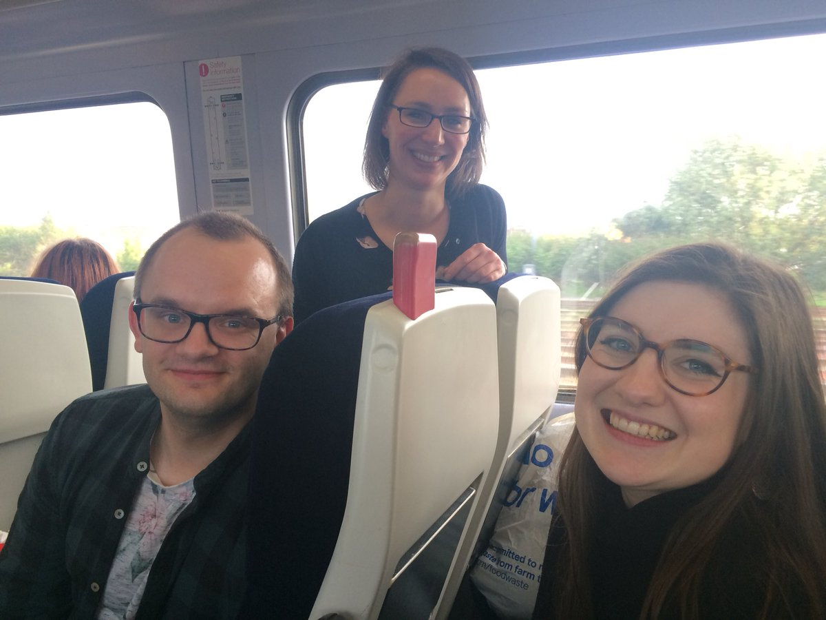 A massive thank you to all the amazing speakers, chairs and delegates for coming to @SWWDTP #GenderCrossroads18 and making it such an inclusive and inspiring day! Love from your (shattered) organisers, @NickHavergal, @CharlotteWalms and @sina_stuhlert <br>http://pic.twitter.com/TMp4DLKgNO