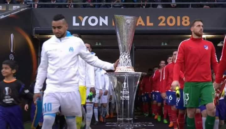 Payet il était quand même le premier à toucher au trophée.on va se consoler avec #FinalEuropaLeague #OMATM  - FestivalFocus