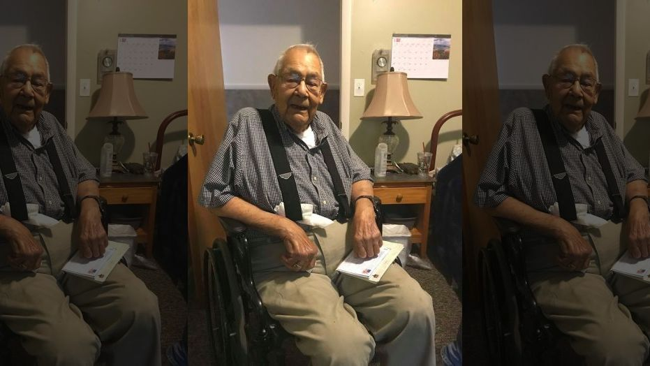 Michigan WWII veteran hopes to receive 100 cards on his 100th birthday. https://t.co/peTzoWHzUh https://t.co/zXaL1zj9kw