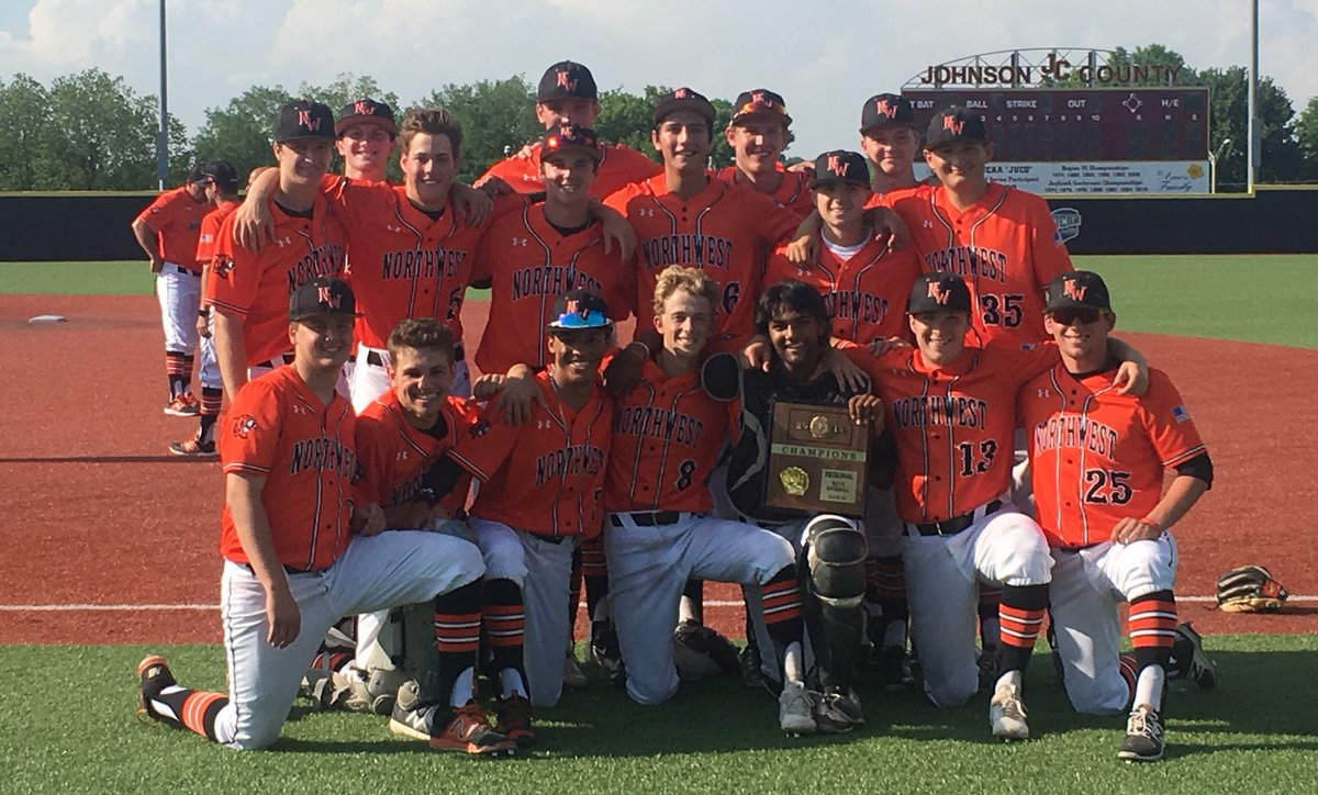 The SMNW baseball team is heading back to state for the first time since 2015.