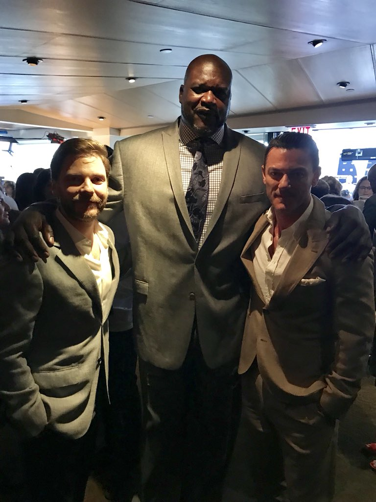 Meeting the star of The O'NEALienist, @SHAQ! #TheAlienist  #TurnerUpfront <br>http://pic.twitter.com/3p7XBnWpdy