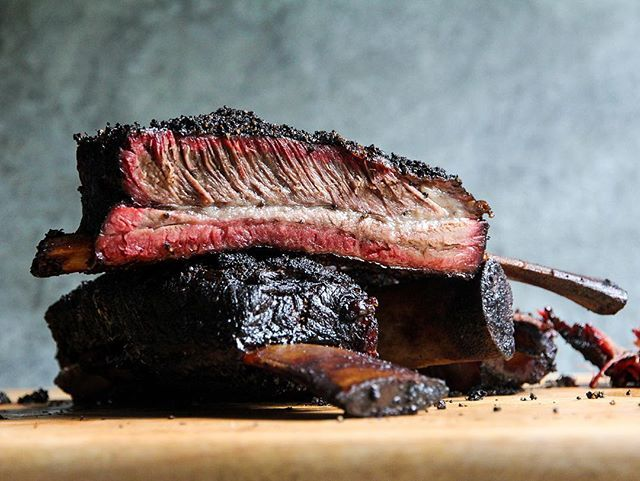 I hear it's #nationalbbqday. In lieu of a corny caption about every day being Bbq related, please accept this picture I took of my smoked beef ribs. It's my favorite. #hardcorecarnivore  https:// ift.tt/2InpfeT  &nbsp;   <br>http://pic.twitter.com/S4gOrBlEVD