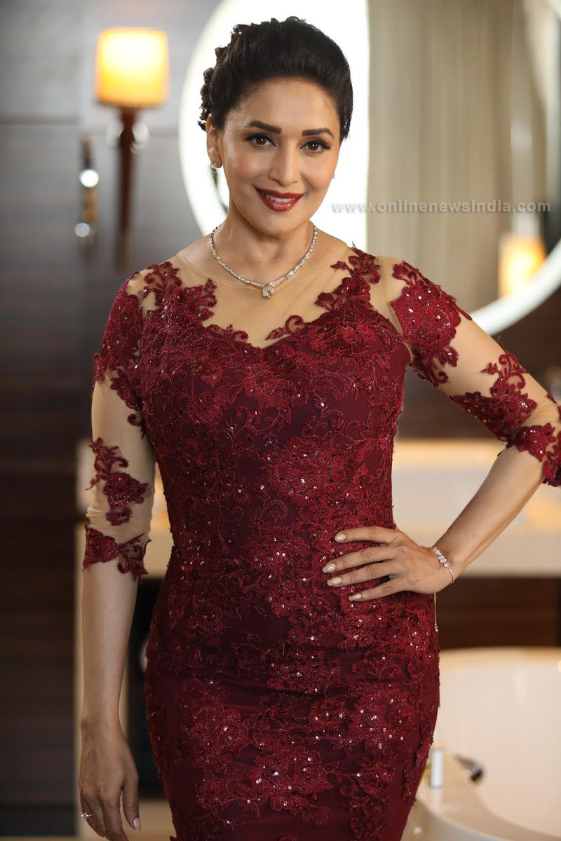 On Twitter Beautiful Madhuridixit In Her Evening Gown