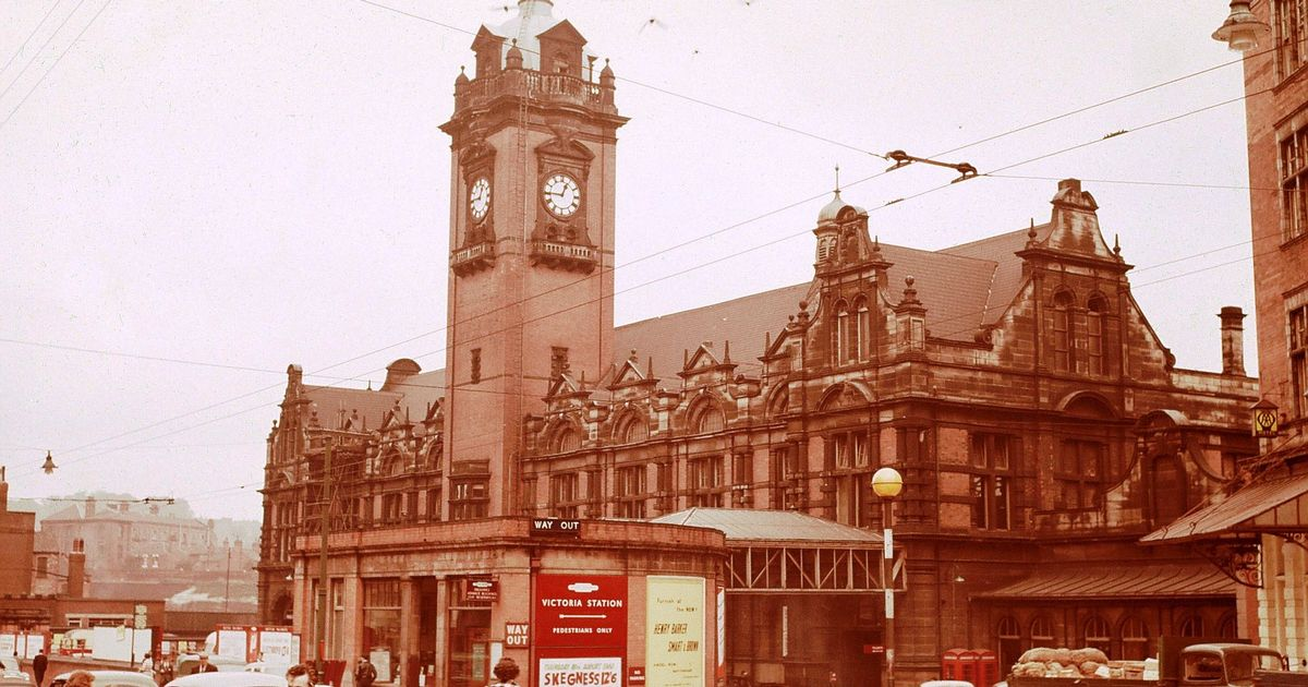 #TBT #ThrowbackThursday  Here&#39;s a great image of the old Victoria Station #Nottingham. It&#39;s the city where we are based and we love it! #NOTTSVIP #Notts #Retail #Memories<br>http://pic.twitter.com/br2cDUSkxb