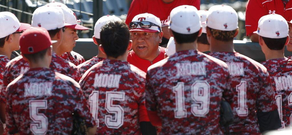 Oscar Romero to join college staff after 29 seasons, 400-plus wins at Tucson High https://t.co/xBmIokyOLb
