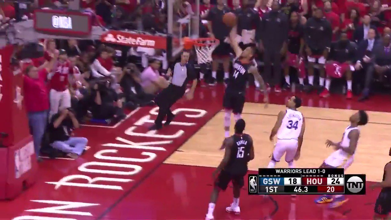 Gerald Green SLAM in transition!  10-3 @HoustonRockets burst on @NBAonTNT   #Rockets https://t.co/VVN4HF78G9