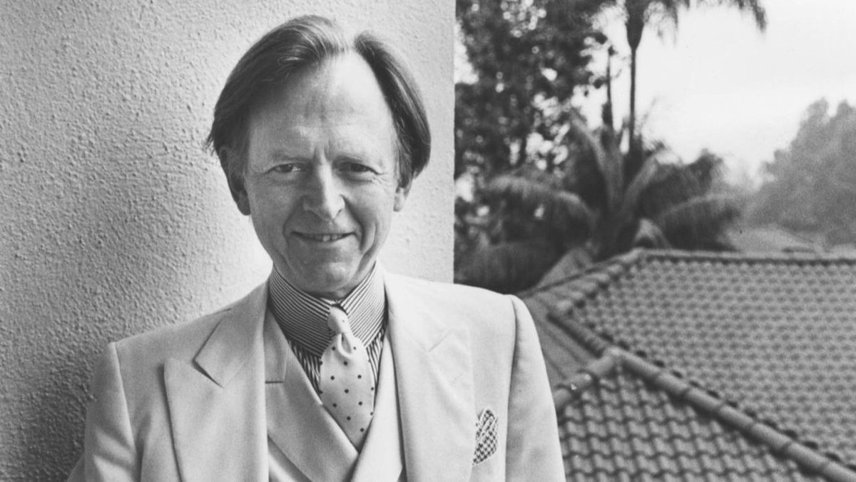 Los Angeles Times's photo on Tom Wolfe