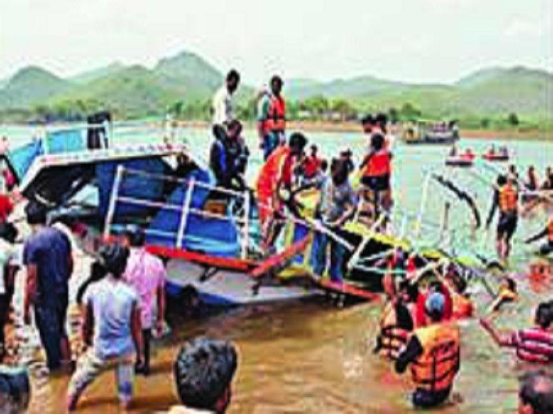 Andhra boat tragedy: 19 bodies retrieved https://t.co/PK7Dl44a8c via @TOICitiesNews https://t.co/71Ni7pklv6