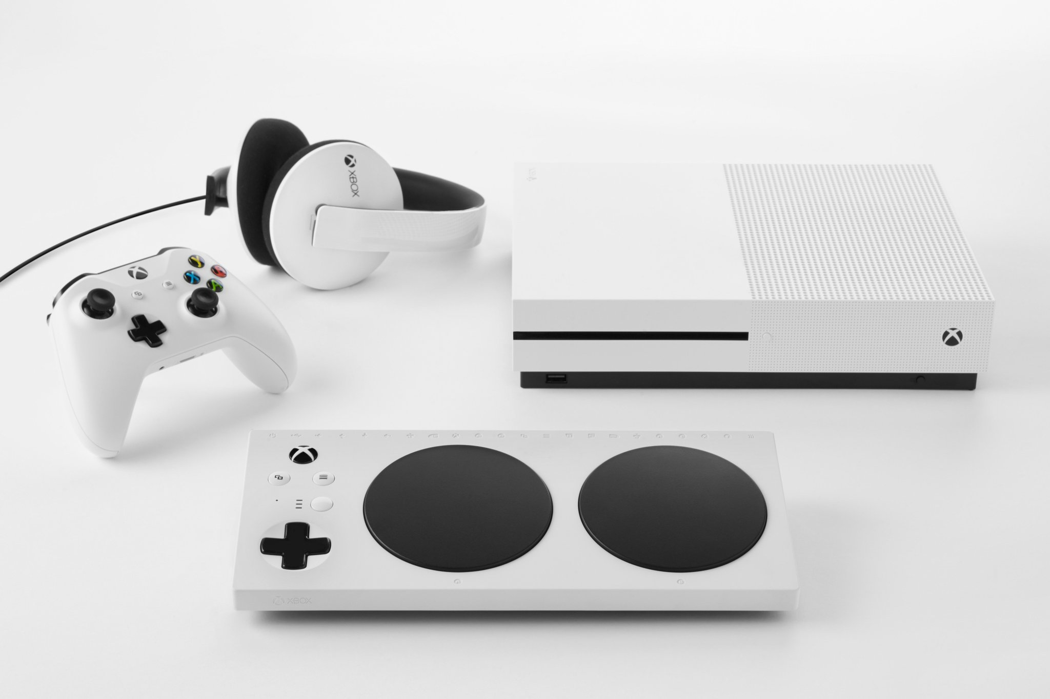 Xbox Adaptive Controller a 'first' for disabled gamers