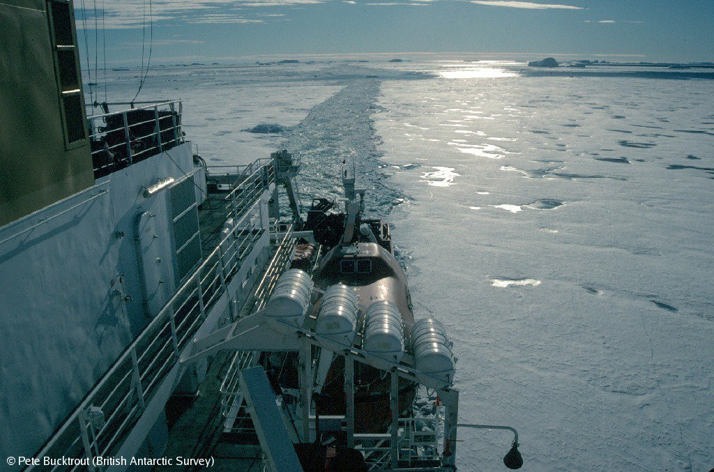 Did you know? The RRS Sir David Attenborough will have ice breaking capabilities up to 1 metre thick at 3 knots (5.6 km/h) #PolarShip #Antarctica bas.ac.uk/polar-operatio…