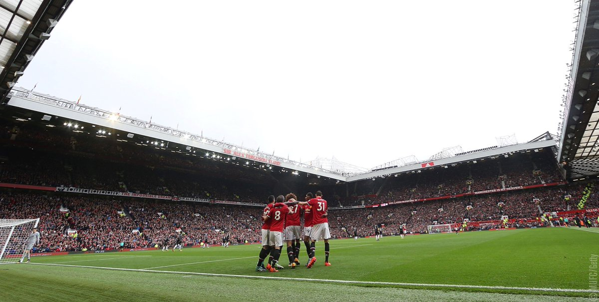 #Ramadan Kareem from everyone at #MUFC to all those preparing to fast during the holy month.