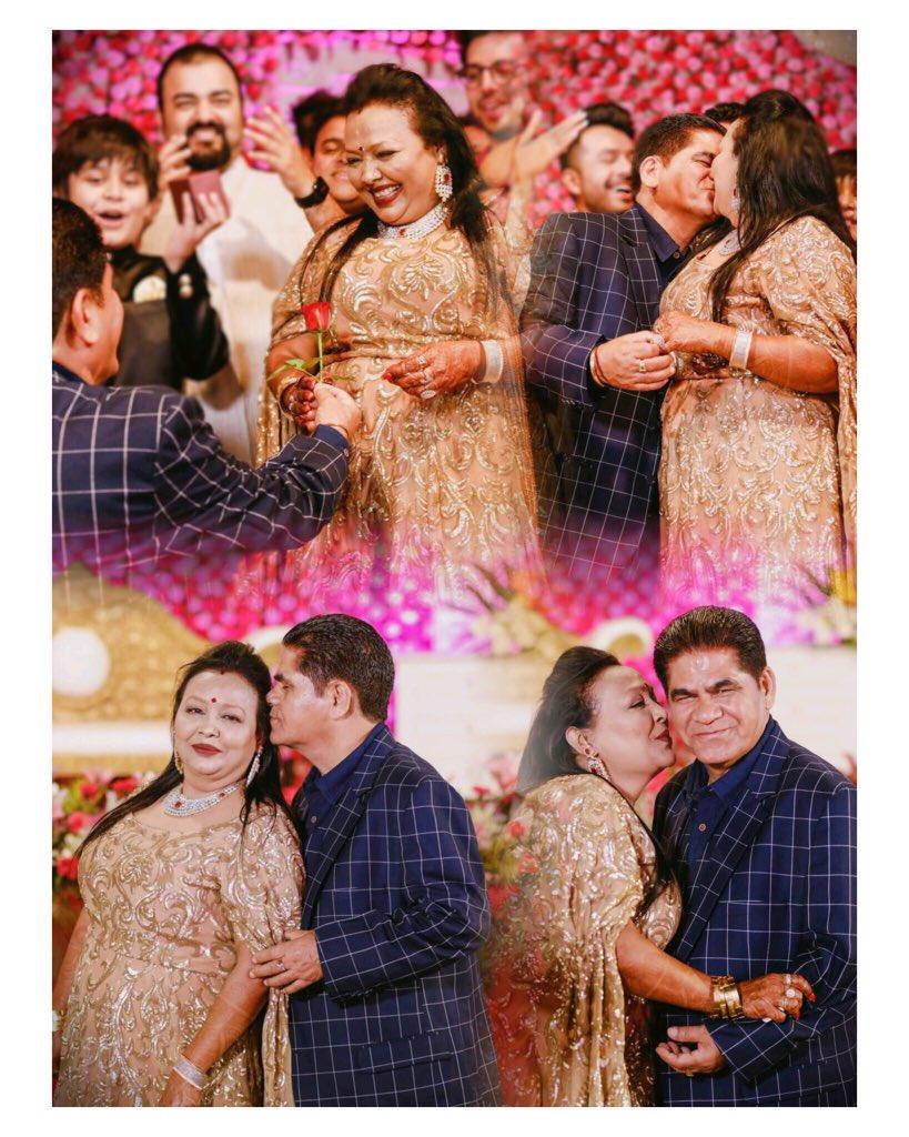 Neha Kakkar On Twitter Mr And Mrs Kakkar Happyanniversary Mom Dad आप ज स क ई नह Parentsgoals Myeverything