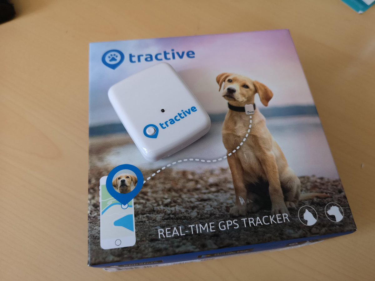 More #PetTech fun. Testing another tracker. This time it's the @Tractive real time GPS tracker. Slick app & some smart features such as ability to turn on sound / light to locate pet. https://t.co/QtA46MhMj4