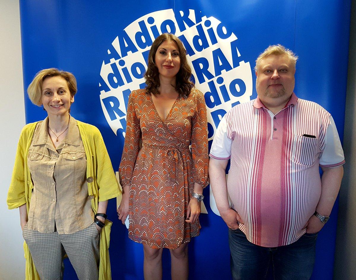 Tänase Kirillitsas Eesti saatekülalisteks oli Riigikogu liige Olga Ivanova ja psühholoog Natalja Kitam. Saatejuht on Pavel Ivanov.  Kel jäi saade kuulamata, saab seda järele kuulata siit: https://t.co/TdS20cPwUG https://t.co/RT12WnsuqX
