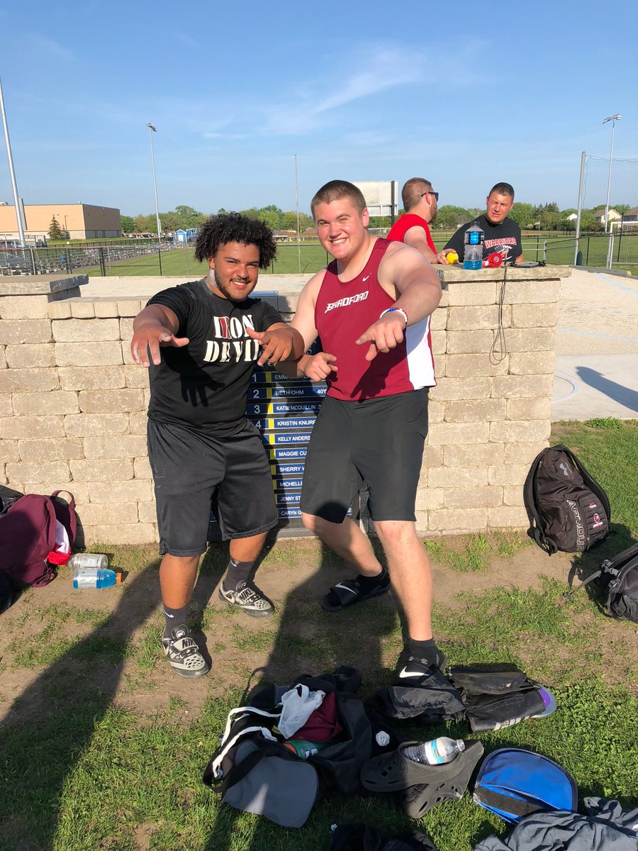 @MitchellNajee🥉 @andrew_lyons12 🥇 are going to state in shot put