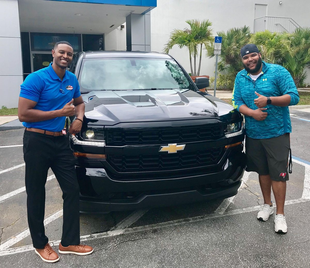 Dimmitt Chevrolet On Twitter Congratulations To Damon On The Purchase Of His New Chevy Silverado We Love Happy Customers With Danny Tartabull Jr At Dimmitt Chevrolet Dimmittchevrolet Dimmittfam Happycustomer Https T Co U2qk9fmd2z