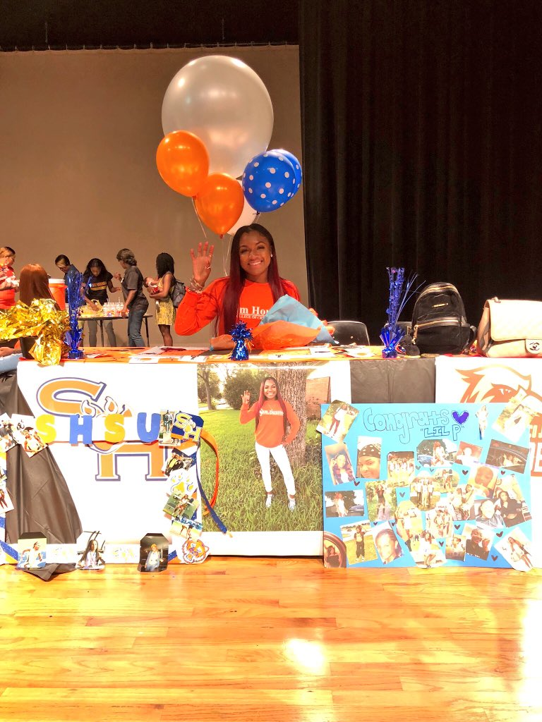 I thank god for this opportunity &amp; for all of these special people that i have by my side to support me without these people I wouldn've made it this far! I can't wait to take on this journey &amp; run at the collegiate level!! #SHSU here I come  #Phillipians4:13<br>http://pic.twitter.com/FdLUeGgP2f