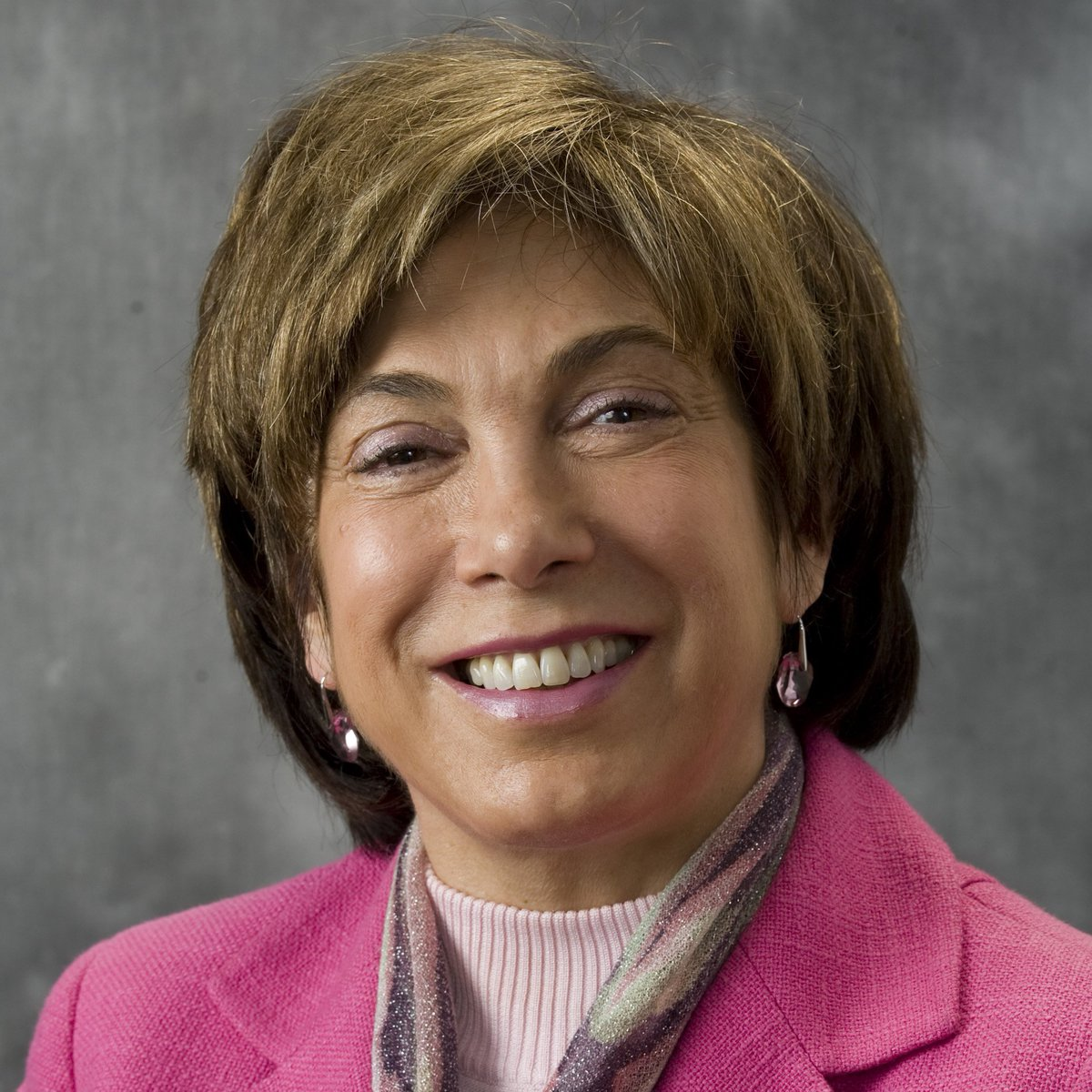 Prof. @LauraDTyson named one of the most influential women in Bay Area business by the @SFBusinessTimes. Congrats!  https:// haas.org/2s6PUBm  &nbsp;   #womeninleadership <br>http://pic.twitter.com/tmL14PnkpW