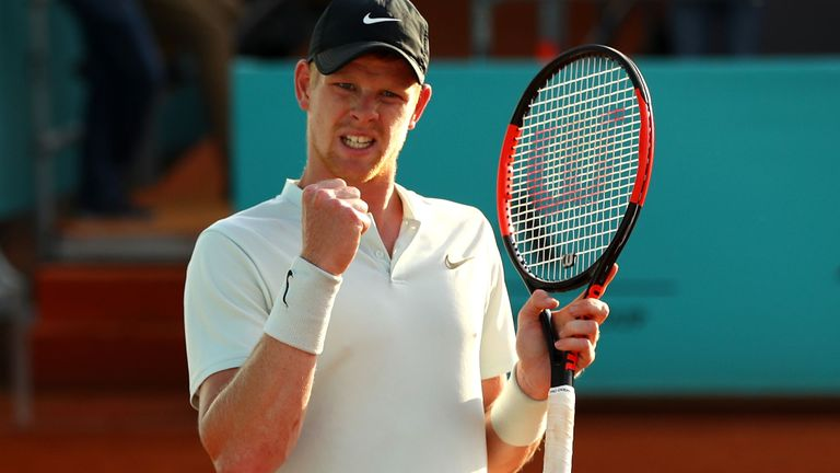 More on the news that 🇬🇧Kyle Edmund🇬🇧 will play Australian teenager Alex de Minaur in the first round of the 🇫🇷French Open🇫🇷, which starts on Sunday ✍ 👉👉👉 https://t.co/6fogYQsVTz #RG18
